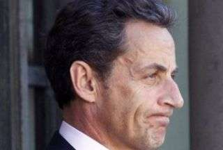 A new opinion poll by the BVA institute puts French President Nicholas Sarkozy approval rating at its record low since taking office in 2007.