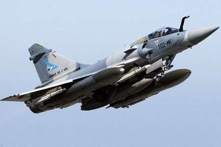 NATO warplanes bomb key Libyan towns