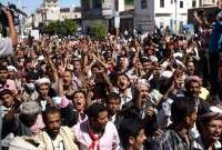 Yemenis have held fresh rallies in the capital Sanaa to voice anger at increasing attacks by regime forces on residential areas.