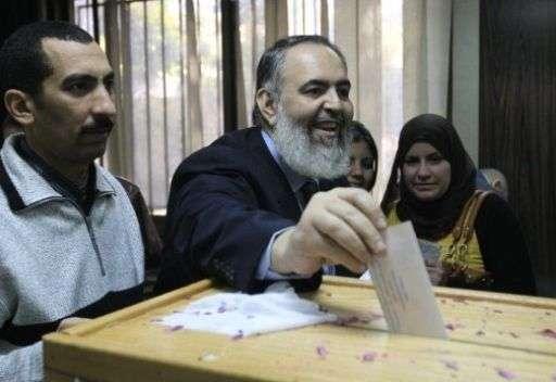 لماذا فاز الاسلامیون فی انتخابات مصر،تونس، لیبیا، المغرب؟