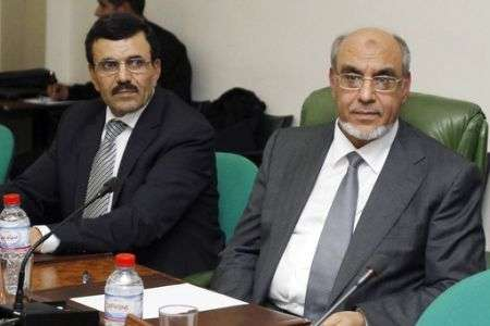 Tunisia gets interim government