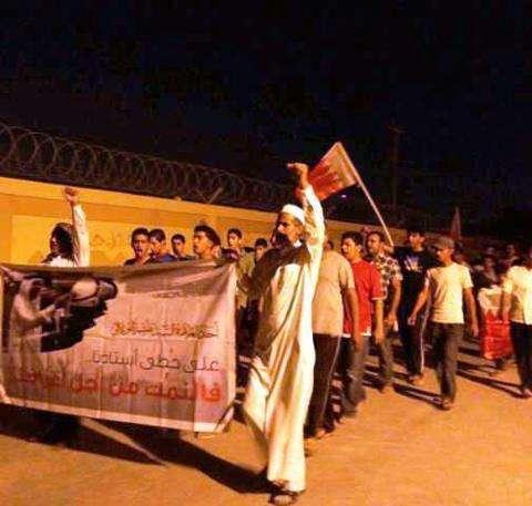 حصیلة الأحد: قمع أکثر من 23 منطقة واعتقال 10 مواطنین ومداهمة 6 منازل