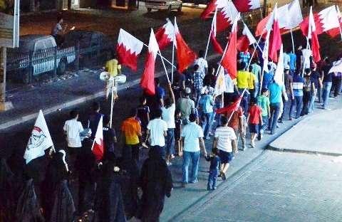 صحیفة بریطانیة: حظر التجمعات لن یخمد الإحتجاجات الشعبیة