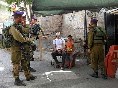Zionist Soldiers Cleared over Detaining 5-year-old Palestinian Boy