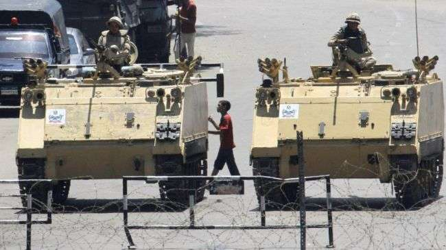 Obama asked to suspend Egypt aid: US officials