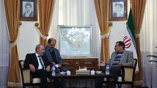 Ali Shamkhani dan Nabih Berri di Tehran 26 November 2013.jpg