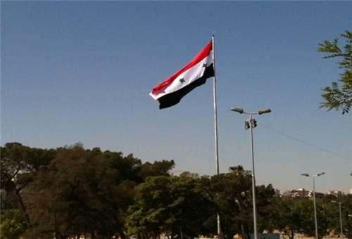 Bendera Suriah kembali dipancangkan (Farsnews)