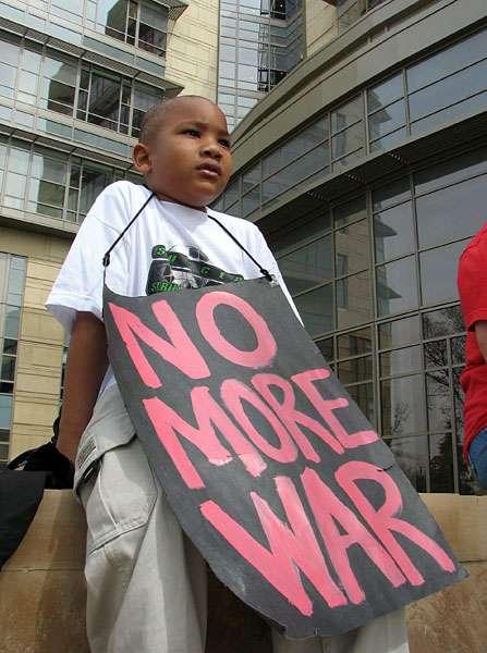 Anti Perang (indybay)
