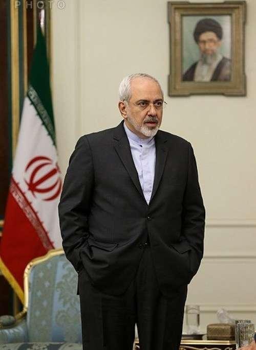 تہران میں پاکستانی وزیراعظم کی اعلٰی سطی وفد کے ہمراہ ایرانی صدر ڈاکٹر حسن روحانی سے ملاقات