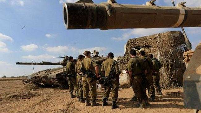 Tentara Zionis Israel, di perbatasan dengan Gaza yang terkepung