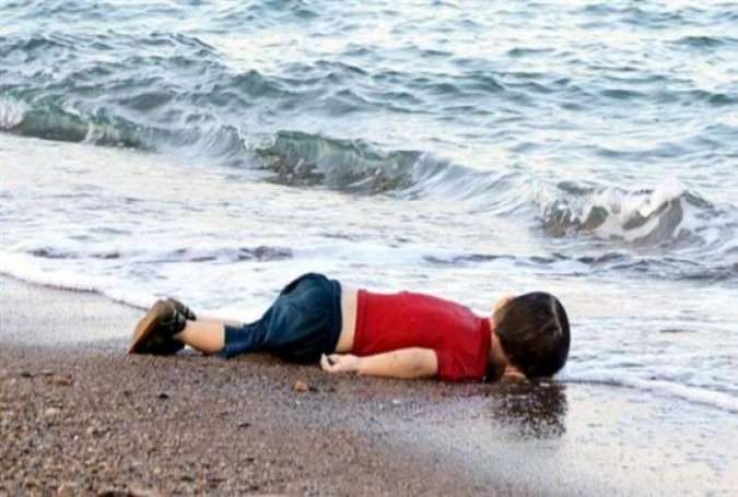 Drowning humanity drowns Syrian toddler