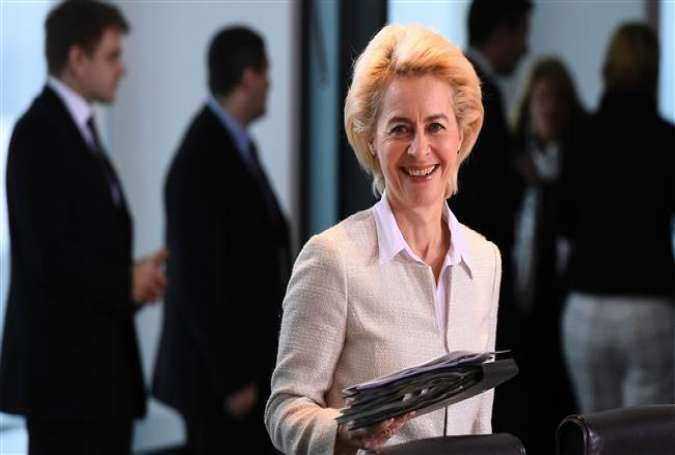 German Defense Minister Ursula von der Leyen arrives for the weekly cabinet meeting on January 6, 2016.