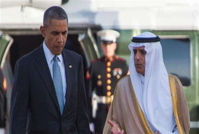 US President Barack Obama (L) talks with Saudi Arabian Foreign Minister Adel al-Jubeir (R) as he departs King Khalid International Airport in the Saudi capital, Riyadh, April 21, 2016.