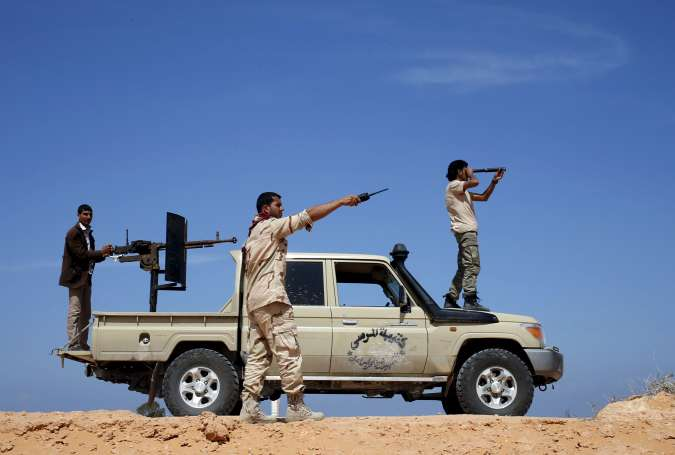 Libyan Gov't Forces Close in on ISIL Militants in Sirte