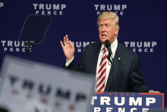 US Republican presidential nominee Donald Trump speaks during a campaign rally at the Sun Center Studios September 22, 2016 in Aston, Pennsylvania.