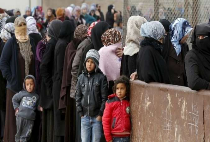 600 Syrian Civilians Flee Terrorist-Held Parts of Aleppo