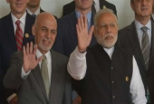 Afghan President Ashraf Ghani, left, and Indian Prime Minister Narendra Modi pose for a group picture at the 6th Heart of Asia conference in Amritsar, India, December 4, 2016.