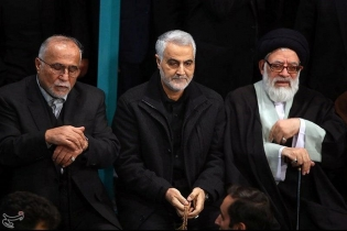 Iranian Revolutionary Guard Commander Qassem Soleimani attends the funeral of Ali Akbar Hashemi Rafsanjani. While many of his opponents turned out to honour him, and Supreme Leader Ayatollah Ali Khamenei stressed their close bond, what was intended by th
