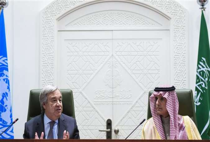 UN Secretary General Antonio Guterres (L) speaks alongside Saudi Foreign Minister Adel al-Jubei during a press conference in Riyadh on February 12, 2017.