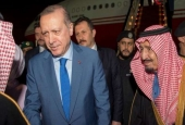 Turkey's Erdogan Visits Arab Sheikhdoms Seeking Economic Favors