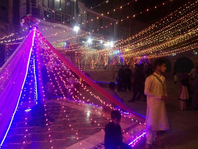 ڈی آئی خان، شب نوروز، شب چراغاں کے مناظر