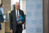 UN Special Envoy for Syria Staffan de Mistura arrives for a session of Syria peace talks at Palais des Nations in Geneva, on March 25, 2017. (Photo by AFP)
