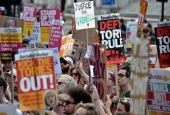 'Day of Rage' Protests in London, Citizens Demand Resignation of May