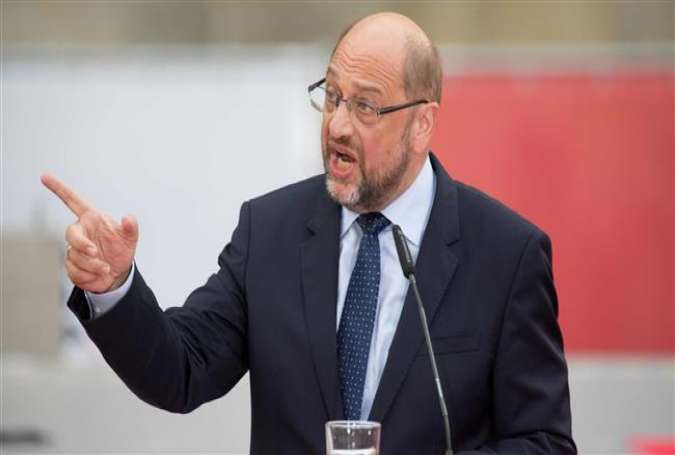 Martin Schulz, the leader of the German Social Democratic party (SPD), addresses a rally in Bremen, northwest Germany, August 21, 2017. (Photo by AFP)