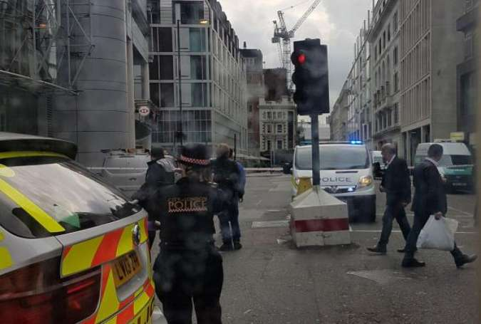Police Evacuate, Cordon off Part of London over Suspicious Package