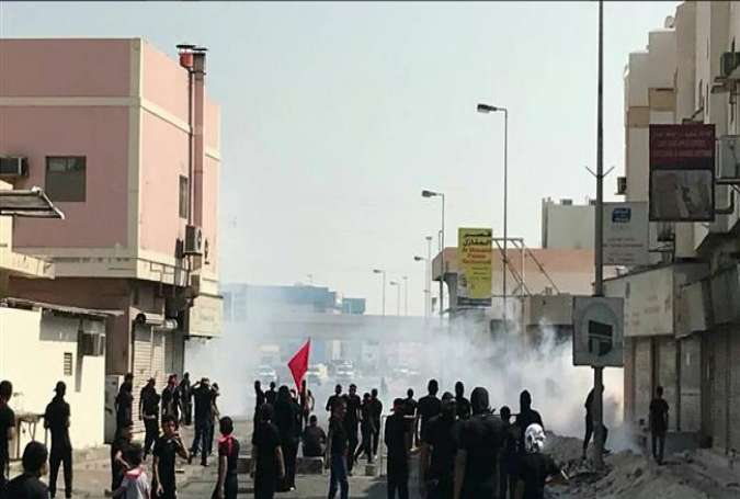 Bahraini regime forces attack mourning Shia Muslims on Ashura