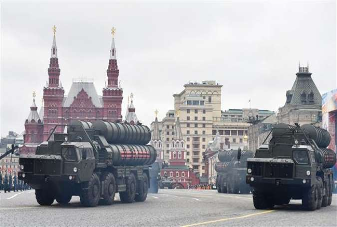 Russian S-400 Triumph medium-range and long-range surface-to-air missile systems ride through Red Square during the Victory Day military parade in Moscow, Russia, on May 9, 2017. (Photo by AFP)