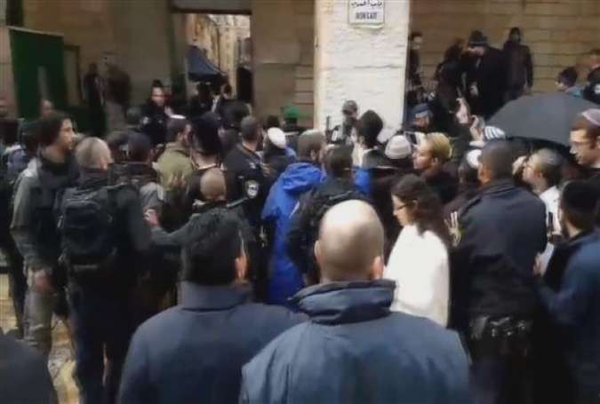 Israeli settlers storm al-Aqsa Mosque under military protection