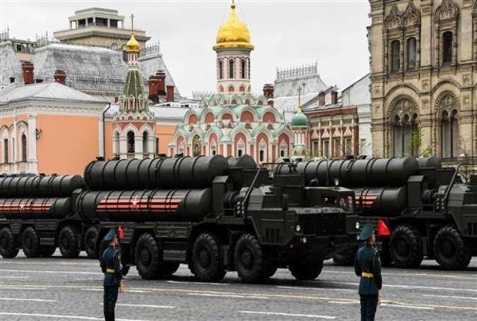 Russian S-400 Triumf medium- and long-range surface-to-air missile systems.jpg
