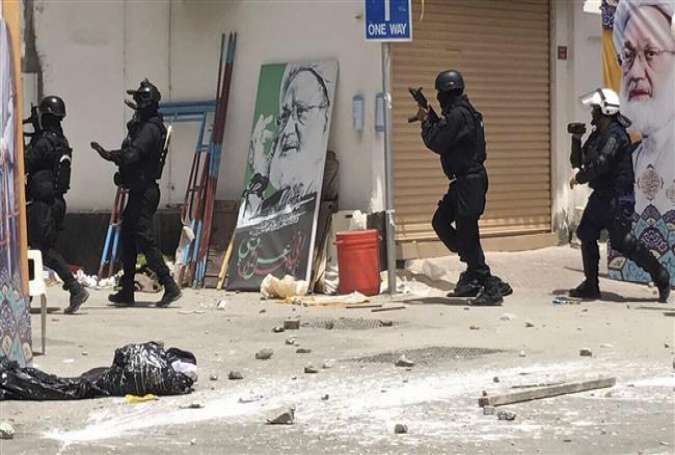 Bahraini regime forces during a raid on a sit-in in the village of Diraz, Bahrain.jpg