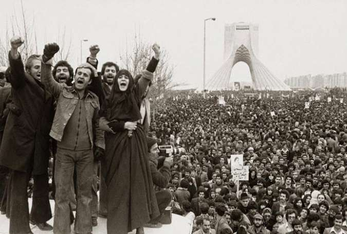 نظر اندیشمندان غربی درباره انقلاب اسلامی؛ از افسانه تا واقعیت