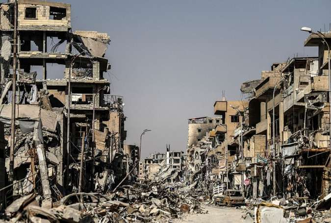 Syria: Residents of Liberated Raqqa Left to Rebuild Their Ruined City Unaided