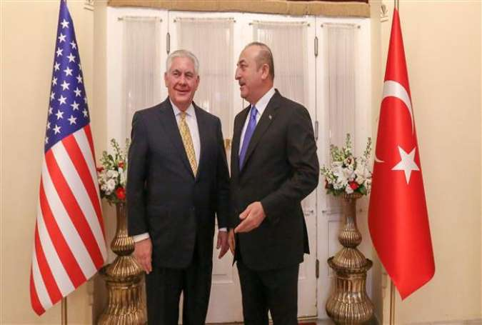 Turkish Foreign Minister Mevlut Cavusoglu (R) meets US Secretary of State Rex Tillerson in Ankara, Turkey, February 16, 2018. (Photo by Reuters)