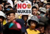 Japanese Fukushima locals protest handling of nuclear crisis
