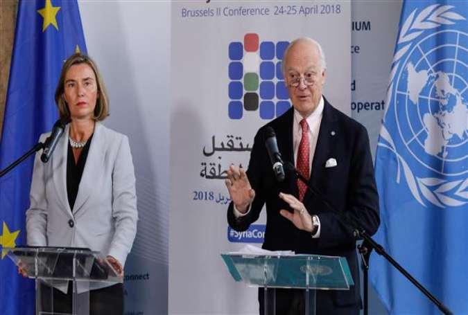 EU foreign policy chief Federica Mogherini (L) and UN Special Envoy for Syria Staffan de Mistura speak at a press conference following a meeting as part of an international conference on the future of Syria and the region in Brussels on April 24, 2018. (AFP photo)