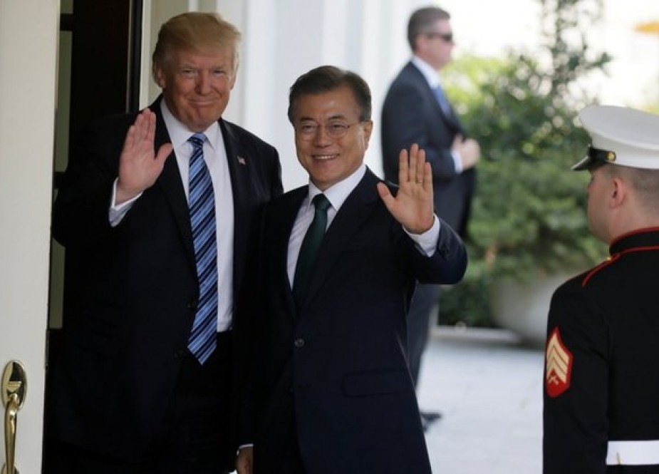 South Korean president in US to discuss planned US-North Korea summit