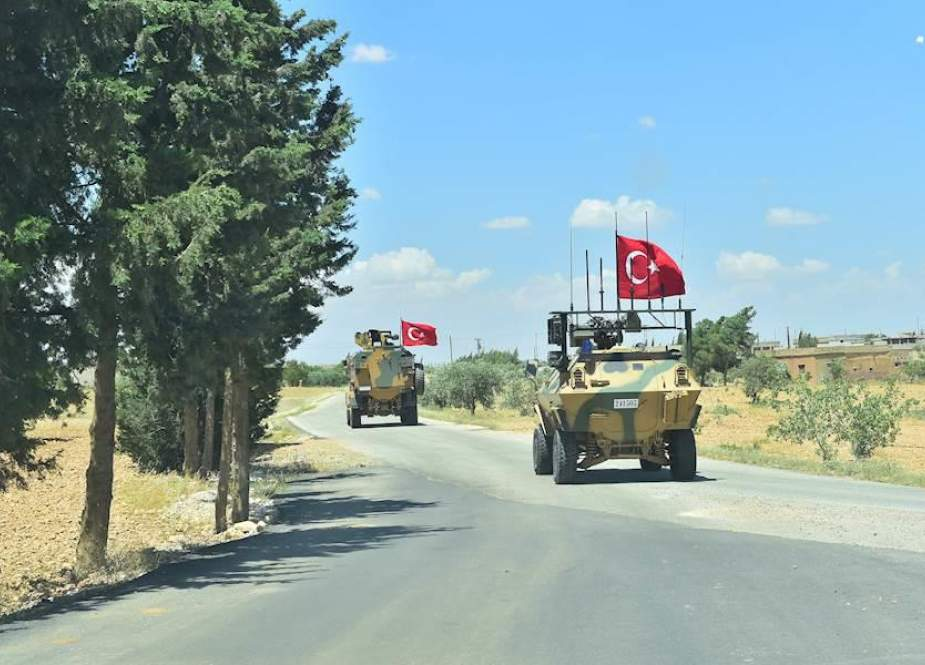 Turkish forces enter outskirts of Syria
