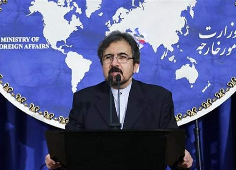 Iranian Foreign Ministry spokesman Bahram Qassemi addresses reporters during his weekly news briefing in Tehran in this undated photo.