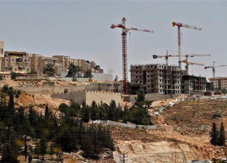 Picture taken on July 24, 2018 shows a view of ongoing construction work at Ramat Shlomo, a settlement in the occupied holy city of Jerusalem al-Quds' eastern part. (Photo by AFP)