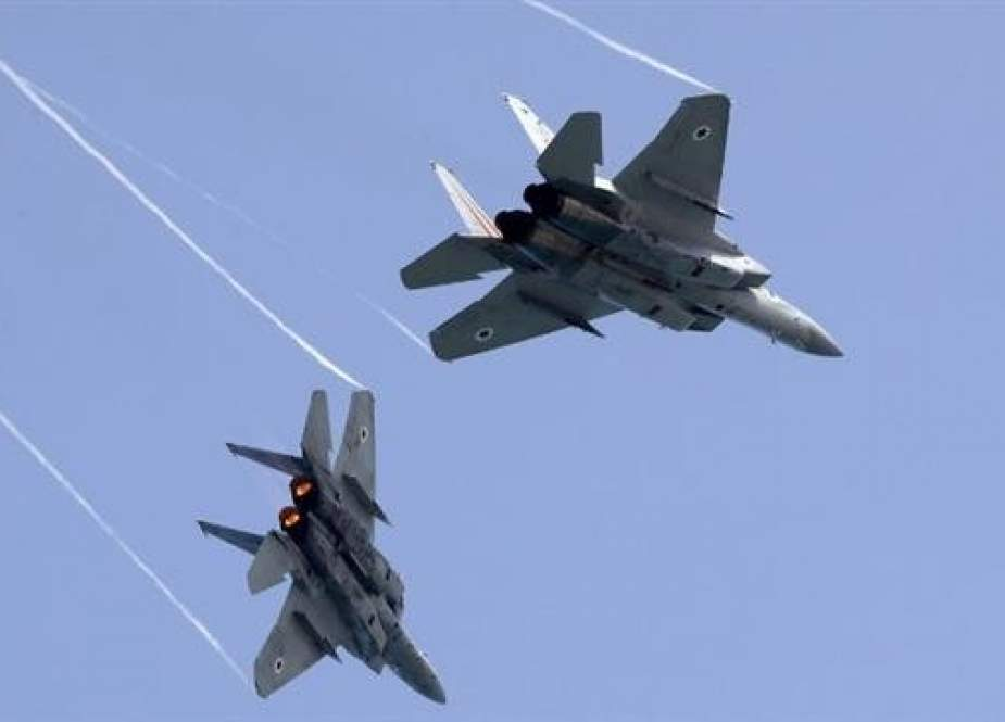 In this file photo taken on April 12, 2018, Israeli F-15 warplanes perform a rehearsal ahead of an airshow in Tel Aviv. (Photo by AFP)