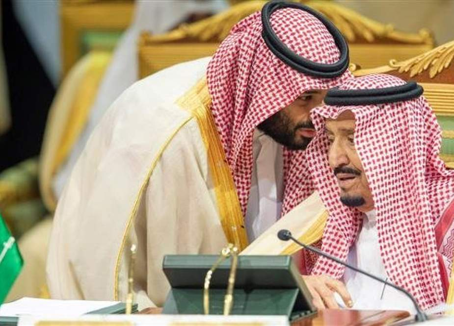 A handout picture provided by the Saudi Press Agency (SPA) on December 9, 2018, shows Saudi Crown Prince Mohammed bin Salman (L) speaking with Saudi Arabia