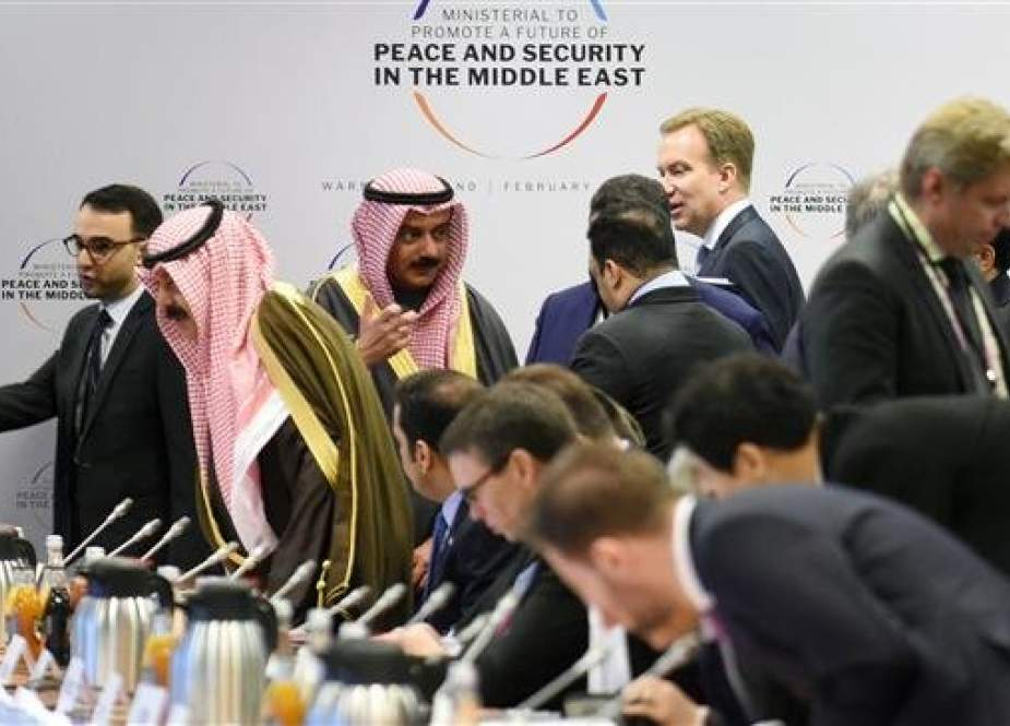 Participants, including members of the Saudi delegation, arrive for a session at the conference on Peace and Security in the Middle East in Warsaw, on February 14, 2019. (Photo by AFP)