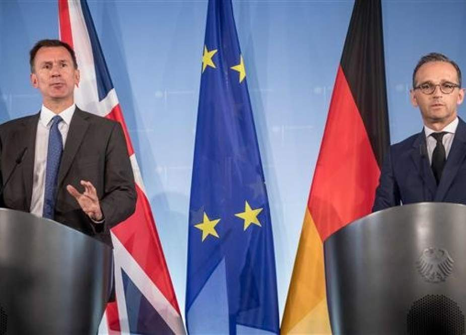 German Foreign Minister Heiko Maas (R) and his counterpart, British Foreign Secretary Jeremy Hunt, hold a press conference at the Federal Foreign Office in Berlin, on July 23, 2018. (Photo by AFP)