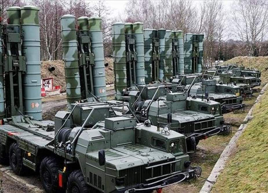 File photo shows Russia's S-400 missile defense systems.