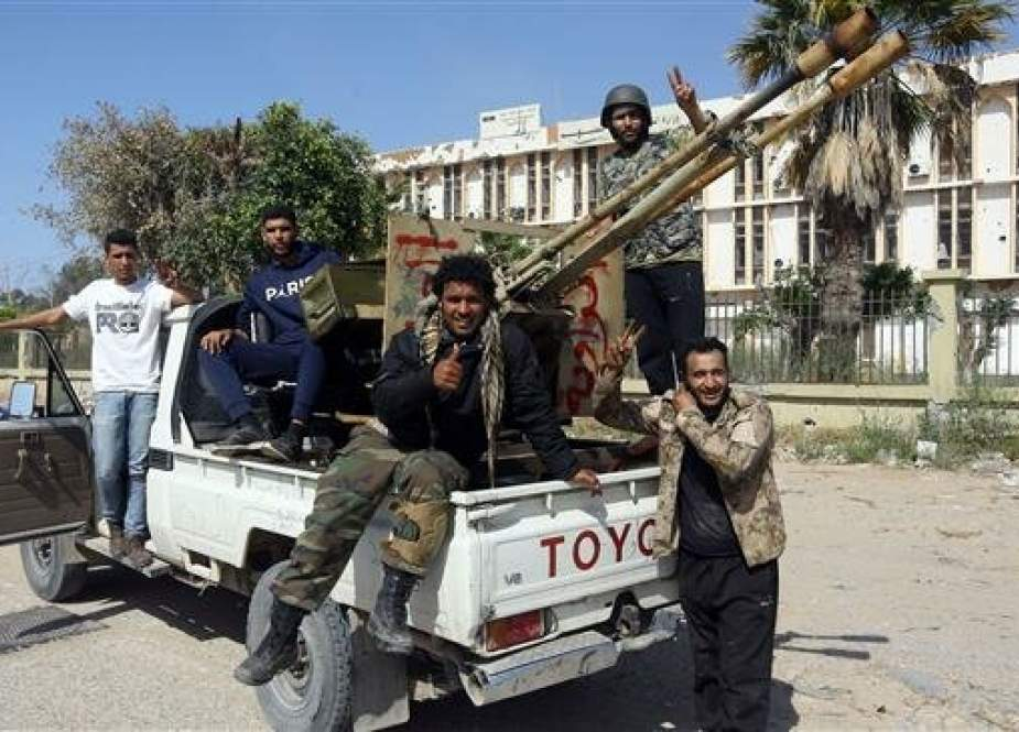 Warring sides in Libya claim progress as clashes intensify south of Tripoli