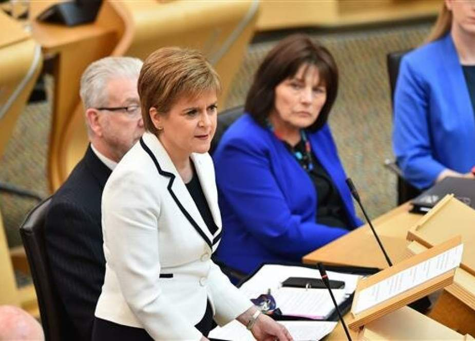 First Minister of Scotland Nicola Sturgeon makes a statement to the Scottish Parliament on Brexit and a second independence referendum, at Holyrood, central Edinburgh, on April 24, 2019. (AFP photo)